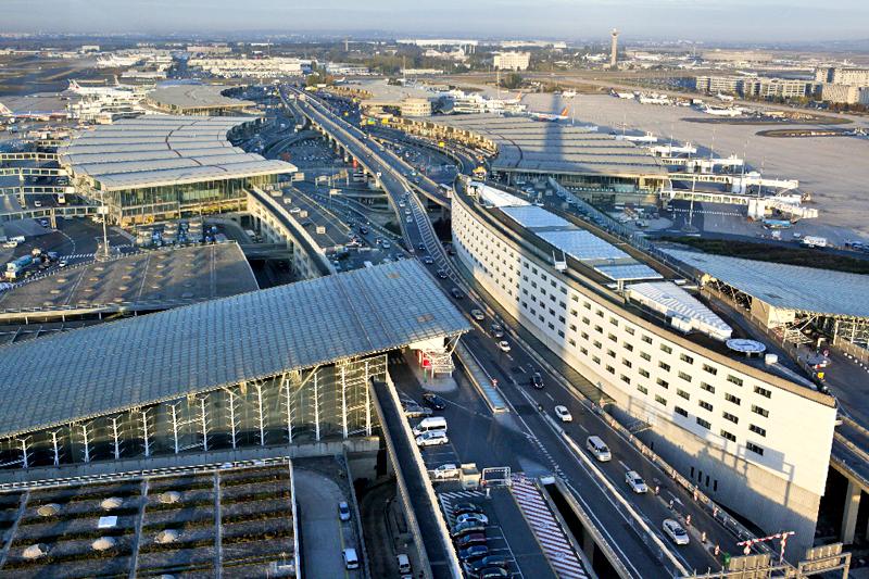 terminal CDG