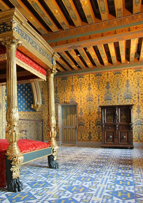 chateauroyalBlois25.jpg
