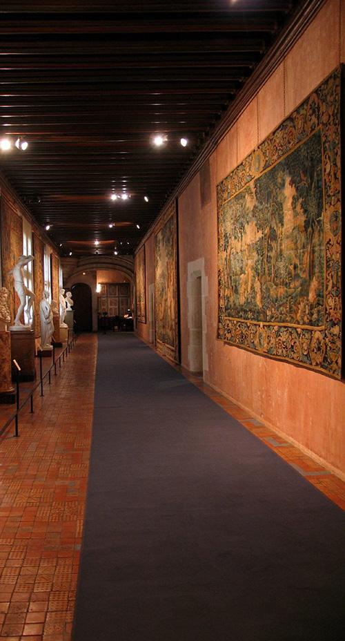 chateauroyalBlois28.jpg