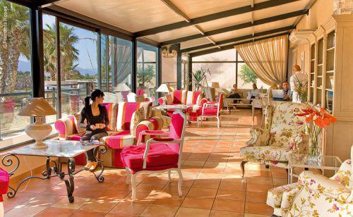 HotelsEtPreference-Salon-Grand-Hotel-Les-Flamants-Roses-Thalasso-Spa-4-etoiles-Canet-en-Rousillon.jpg
