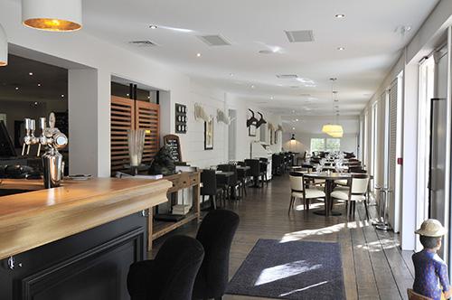 Restaurant la maison blanche ambiance cosy et cuisine for Adresse de la maison blanche